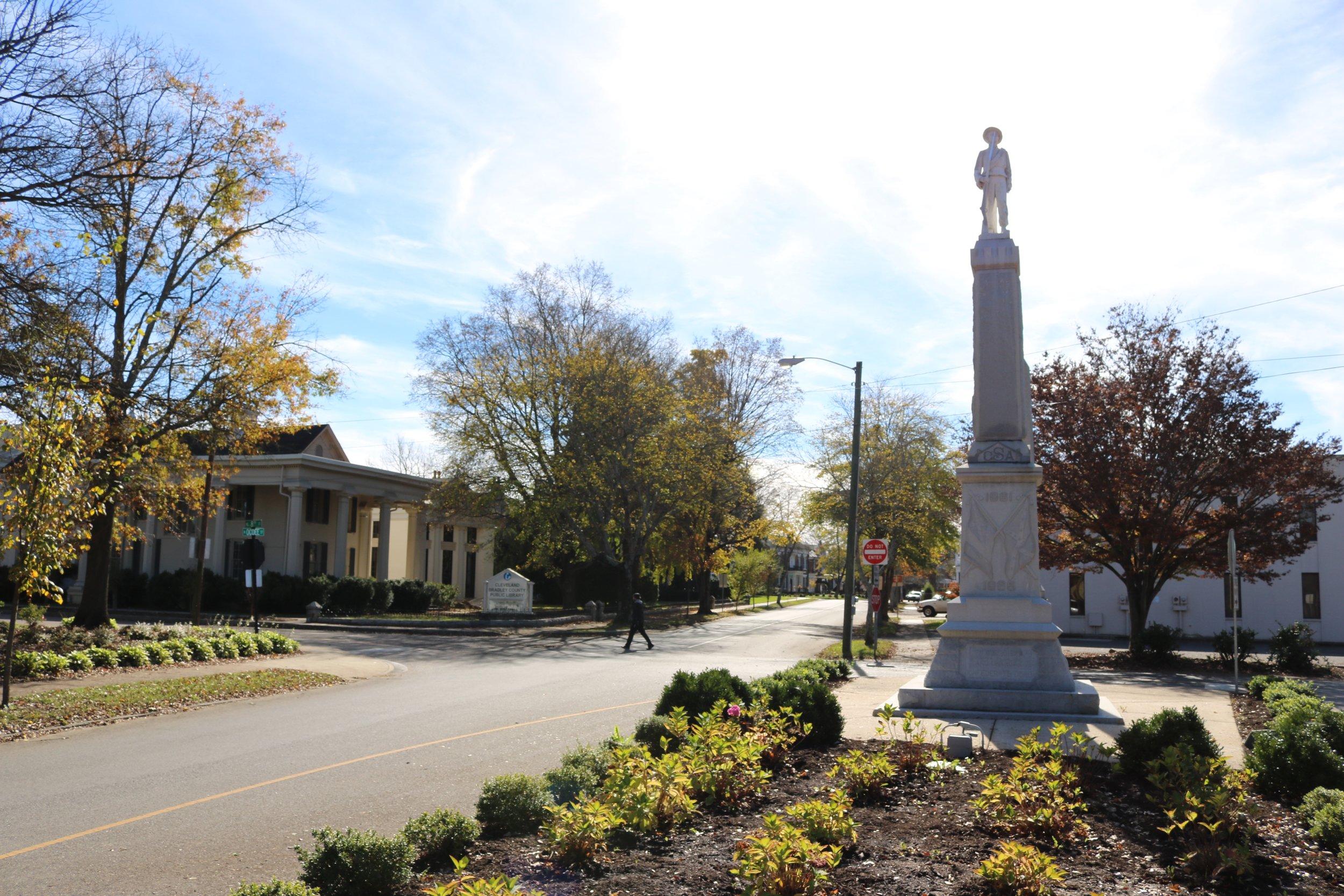 Downtown Statue 2.jpg