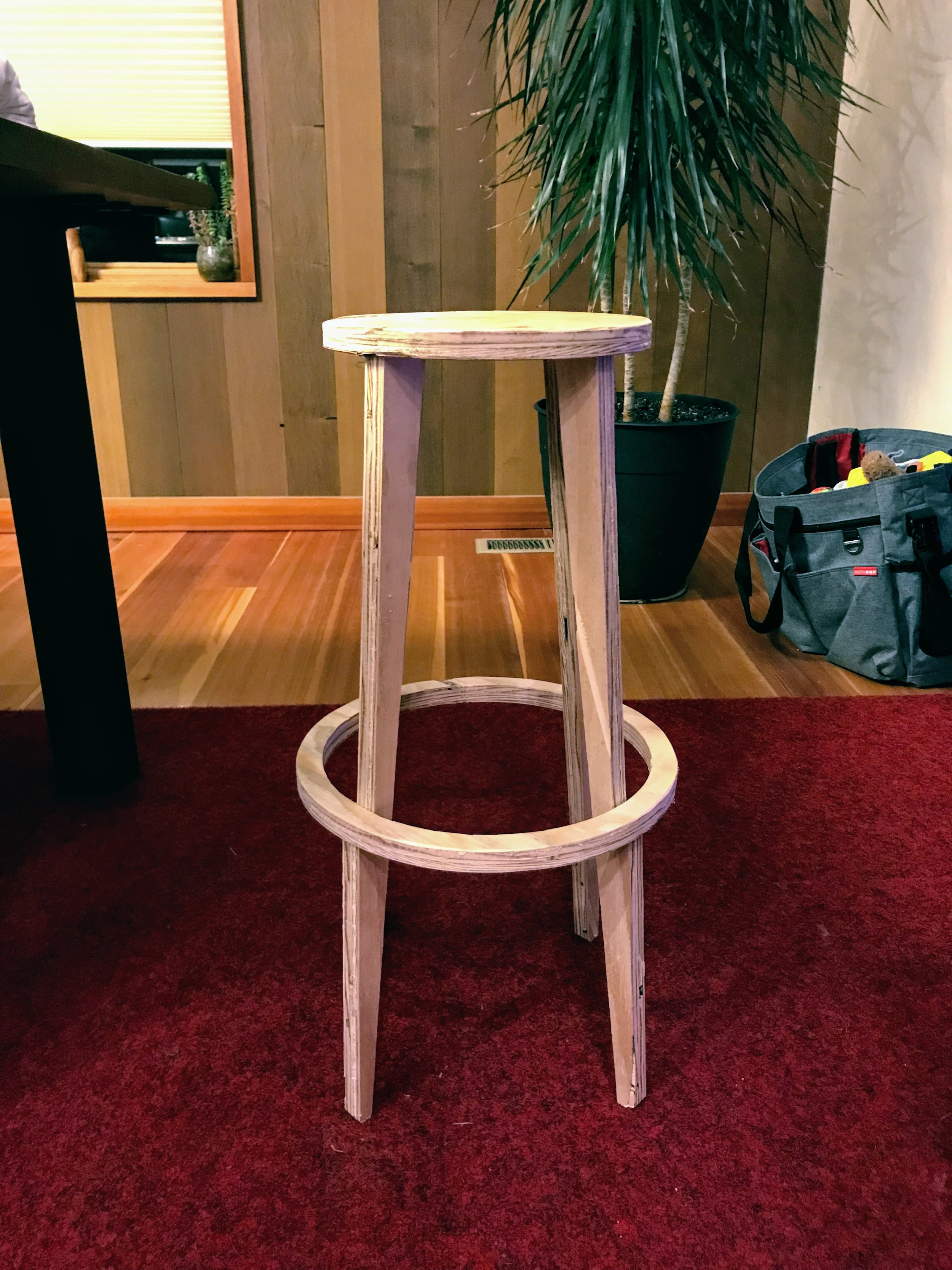 theRatchet build this open source stool from OpenDesk