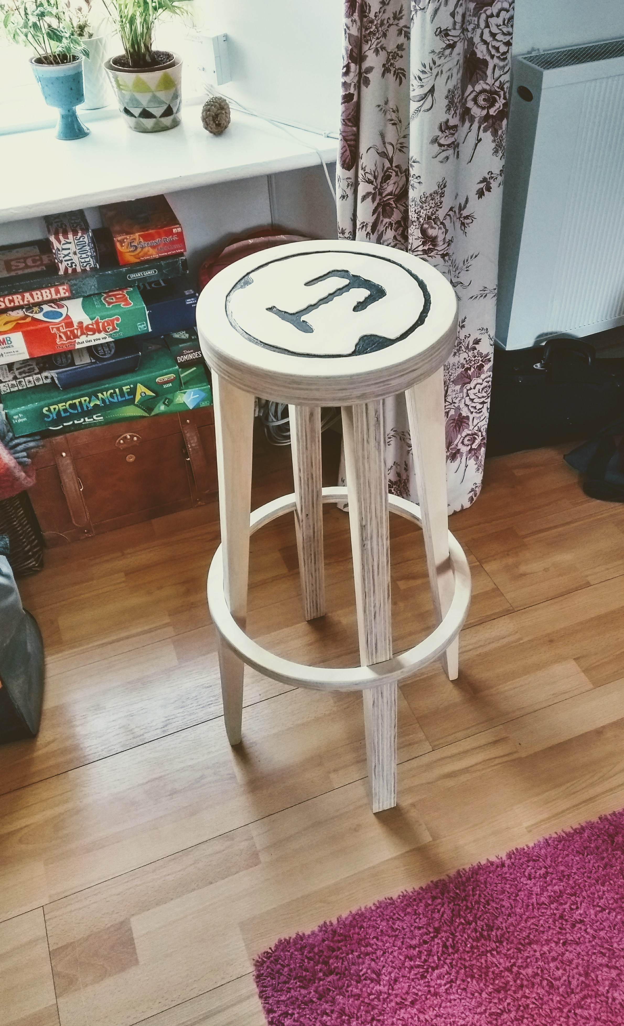 KingOfScolba's nimble stool build