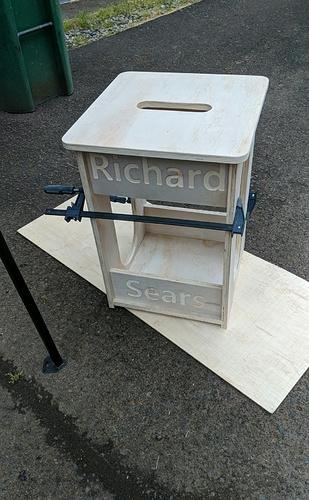 pedestal1.jpg