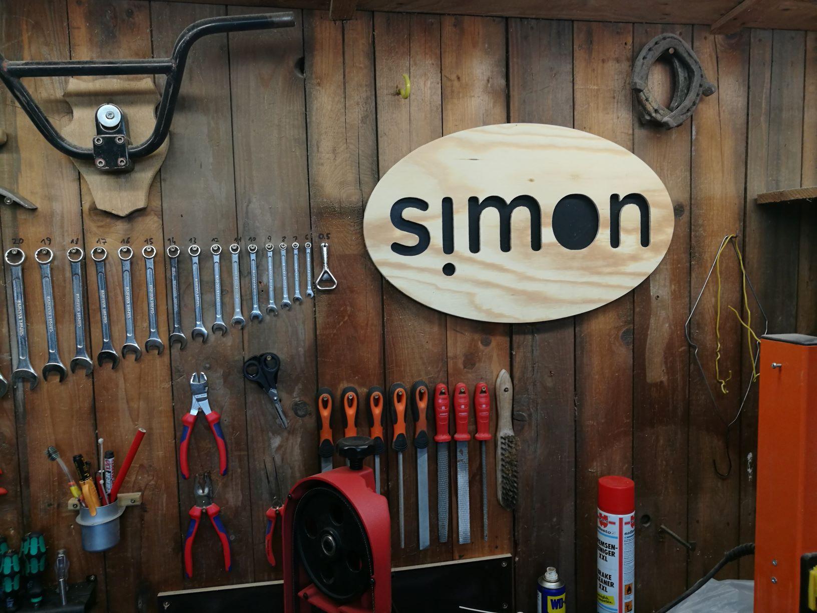 simon_makes shop sign 2.jpg