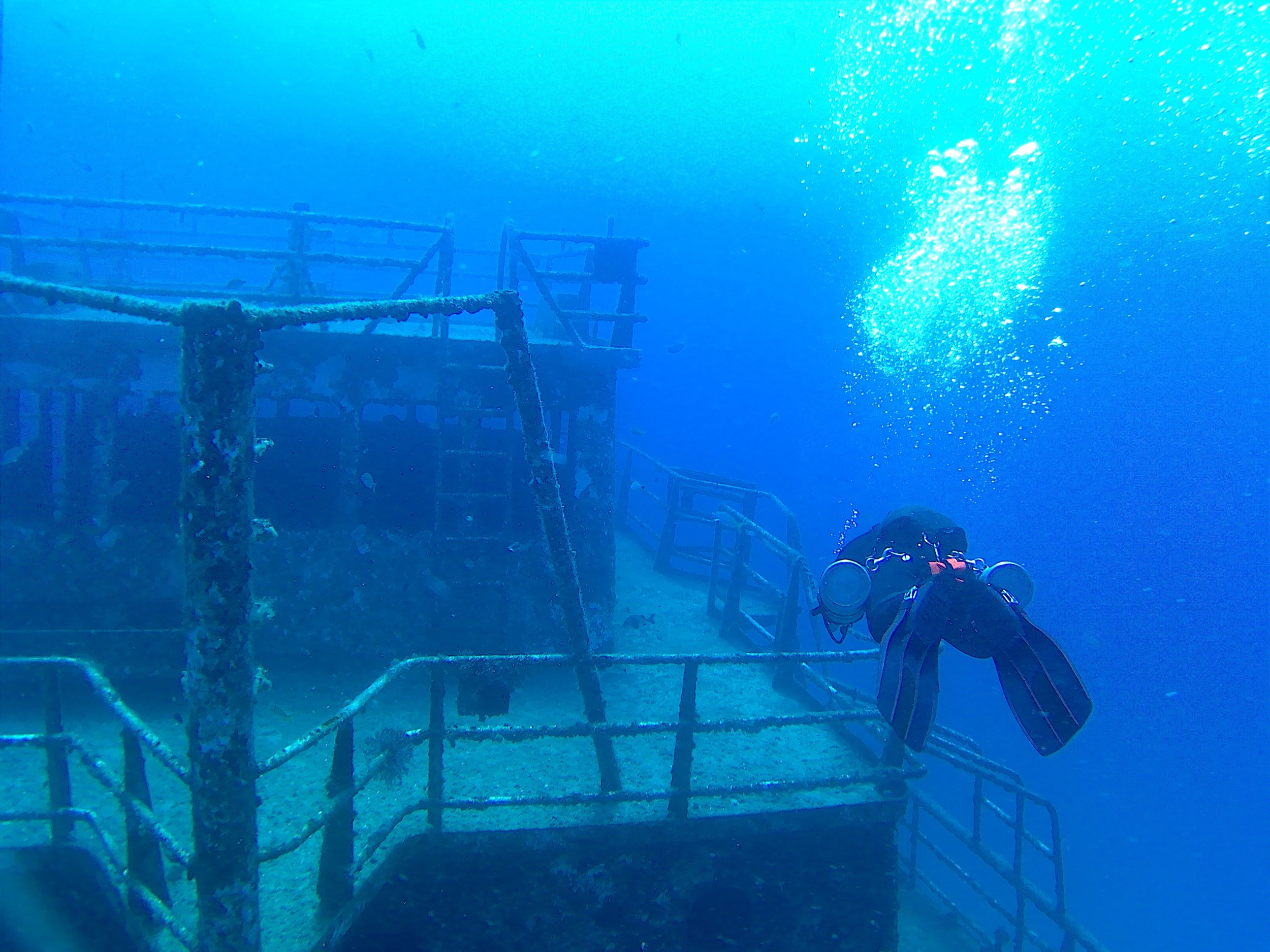 Wreck Diver - Learn how to properly plan and conduct wreck penetration dives.