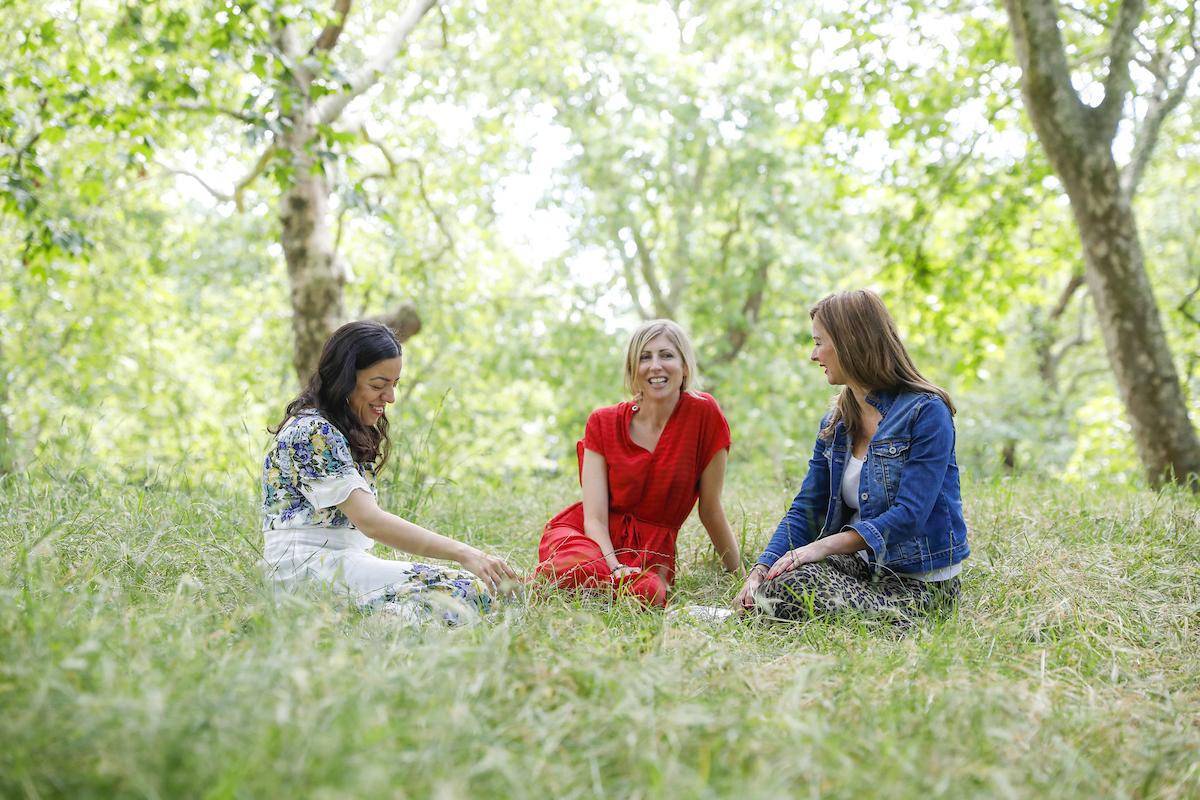 Eminé, Jess & Amy – this is L E A F