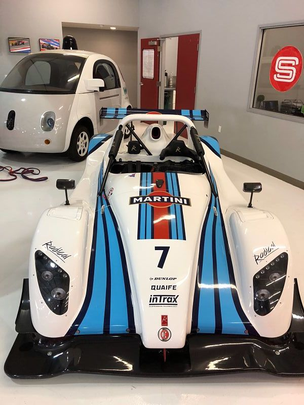 Radical SR3_1500_WhiteBlue_Front_opt.jpg