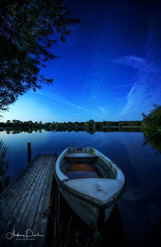 Lake side 2- Bourton on the Water - 7877.jpg