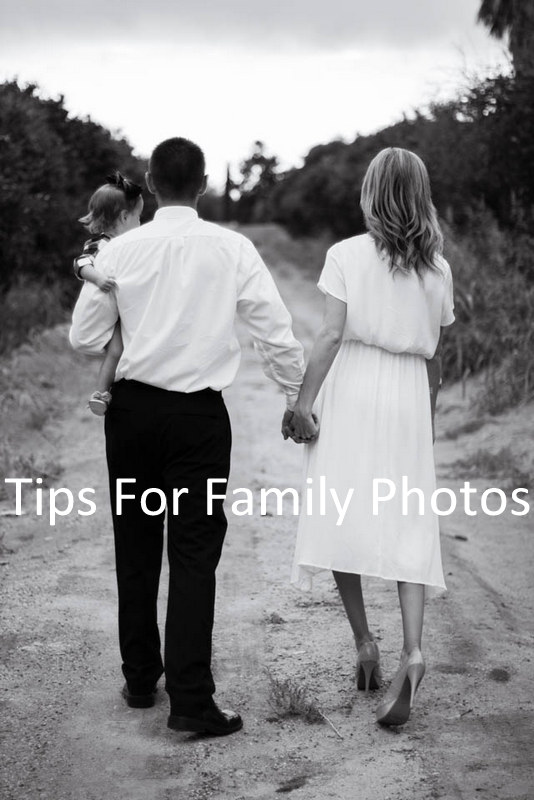 Are you having a hard time figuring out what to wear for your family pictures this year?? Here's a few tips for when you are planning your family's outfits.
