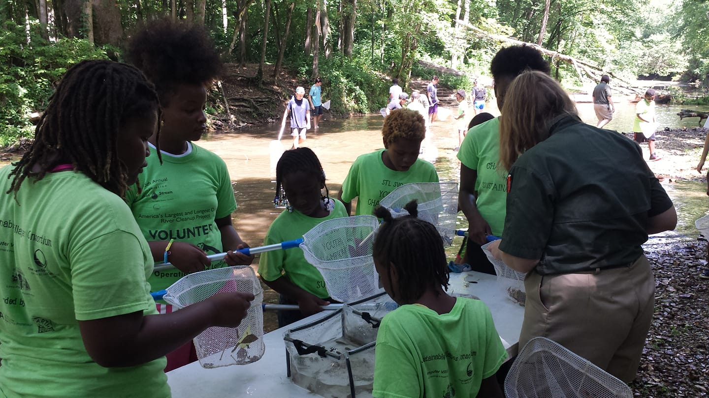 Exploring aquatic life with the Missouri Department of Conservation at Cuivre River State Park