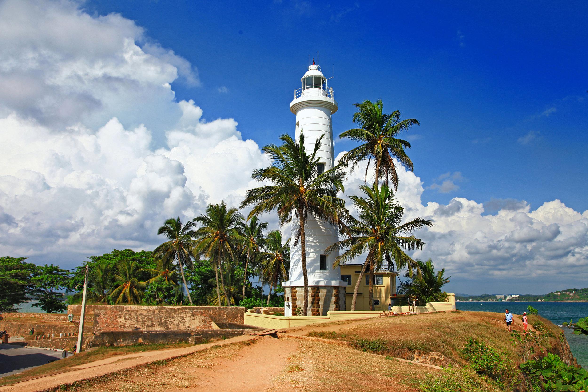 Sri Lanka - reise som inneholder miks av storby, høyland, kultur og barbeint slaraffenliv under palmekronene.
