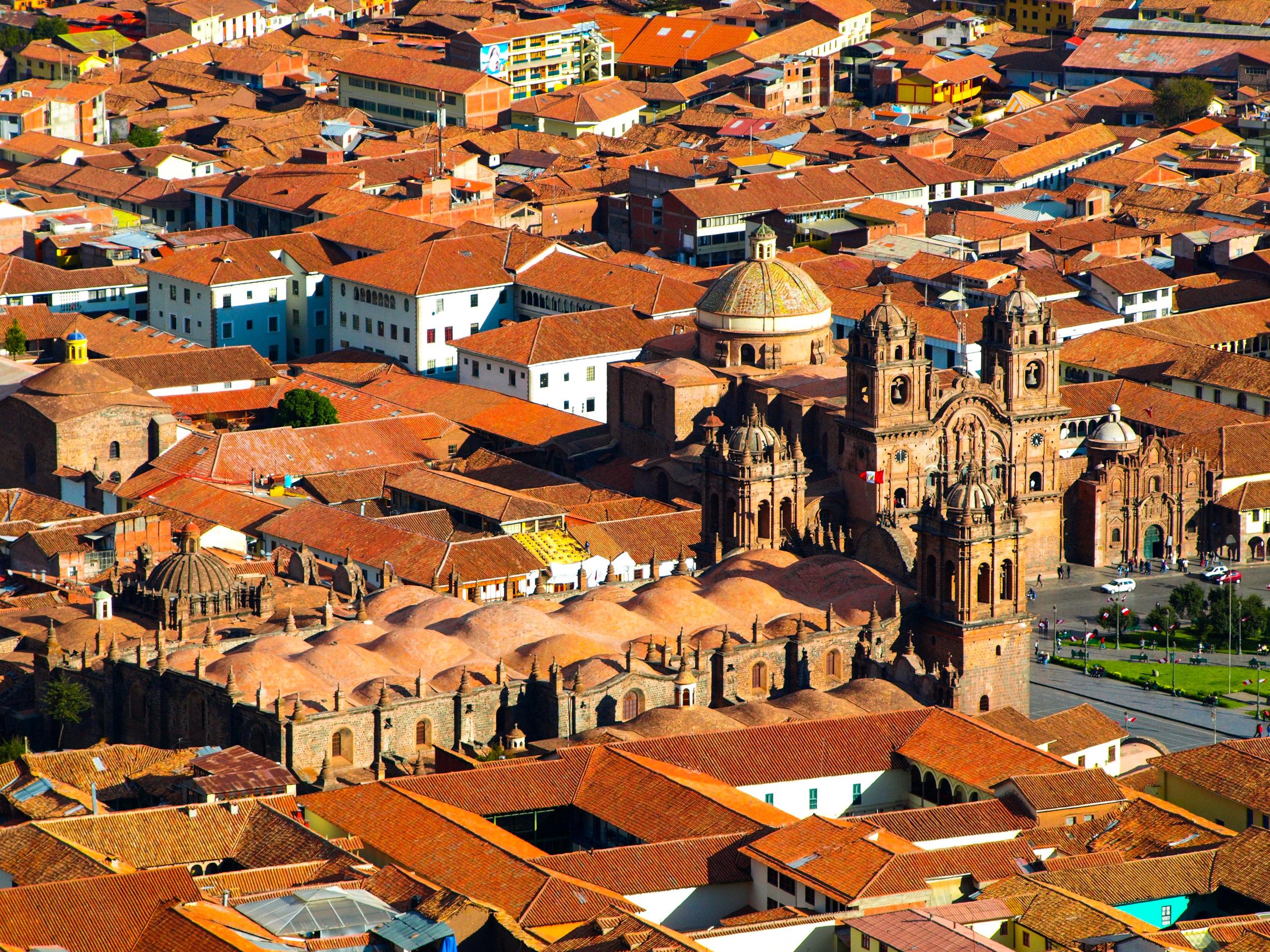 Peru og Salkantay - Lima, Machu Picchu, Cuzco, Aguas Calientes, Puno og Titicacasjøen Dette er en virkelig spennende rundreise hvor du får opplevd mange av Perus berømte naturattraksjoner