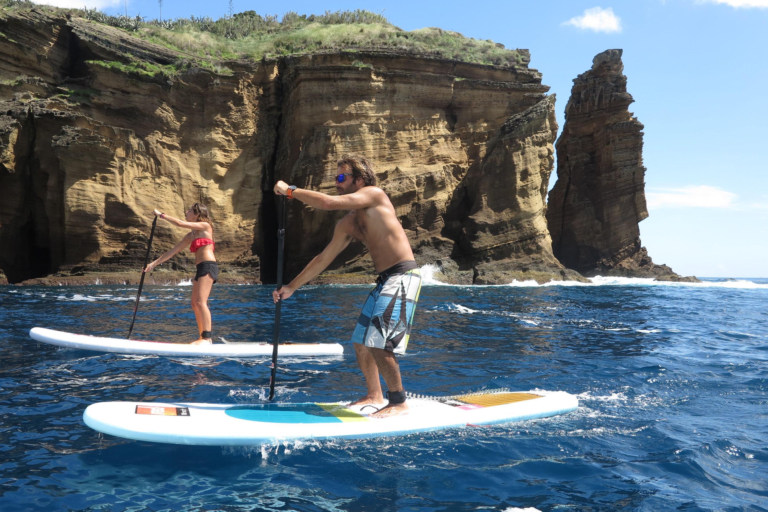 Med paddleboard på Azorene