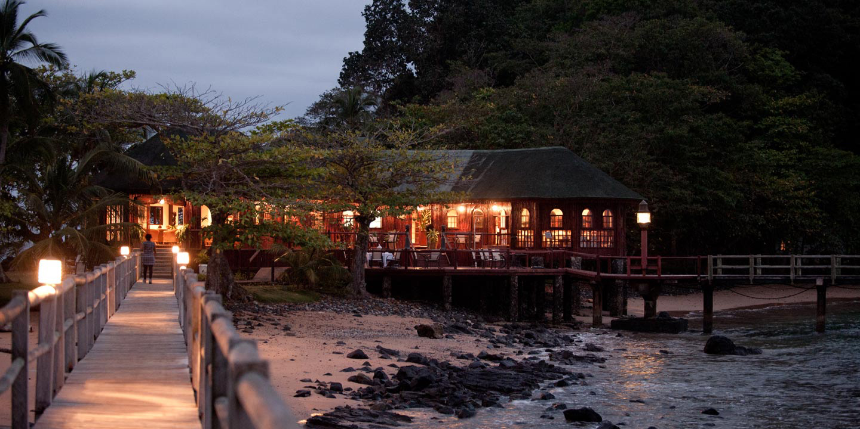 Bom Bom Resort ligger på en bortgjemt strand på naboøya Principe, Sao Tomé