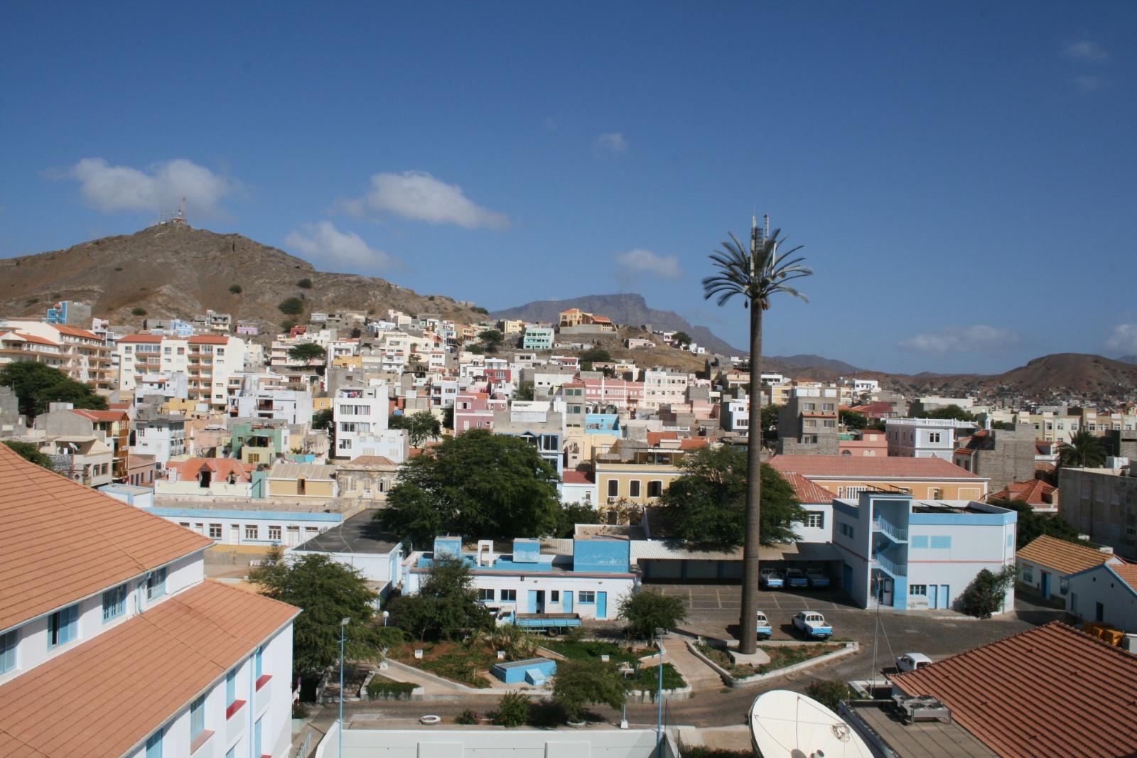 Den sjarmerende byen Mindelo Sao Vicente på Kapp Verde