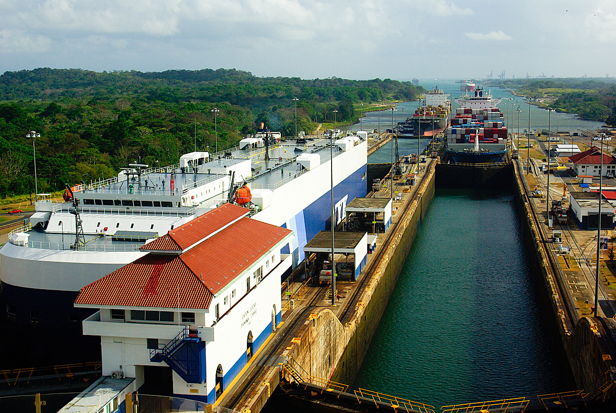 bigstock-Panama-Canal-5286907.jpg