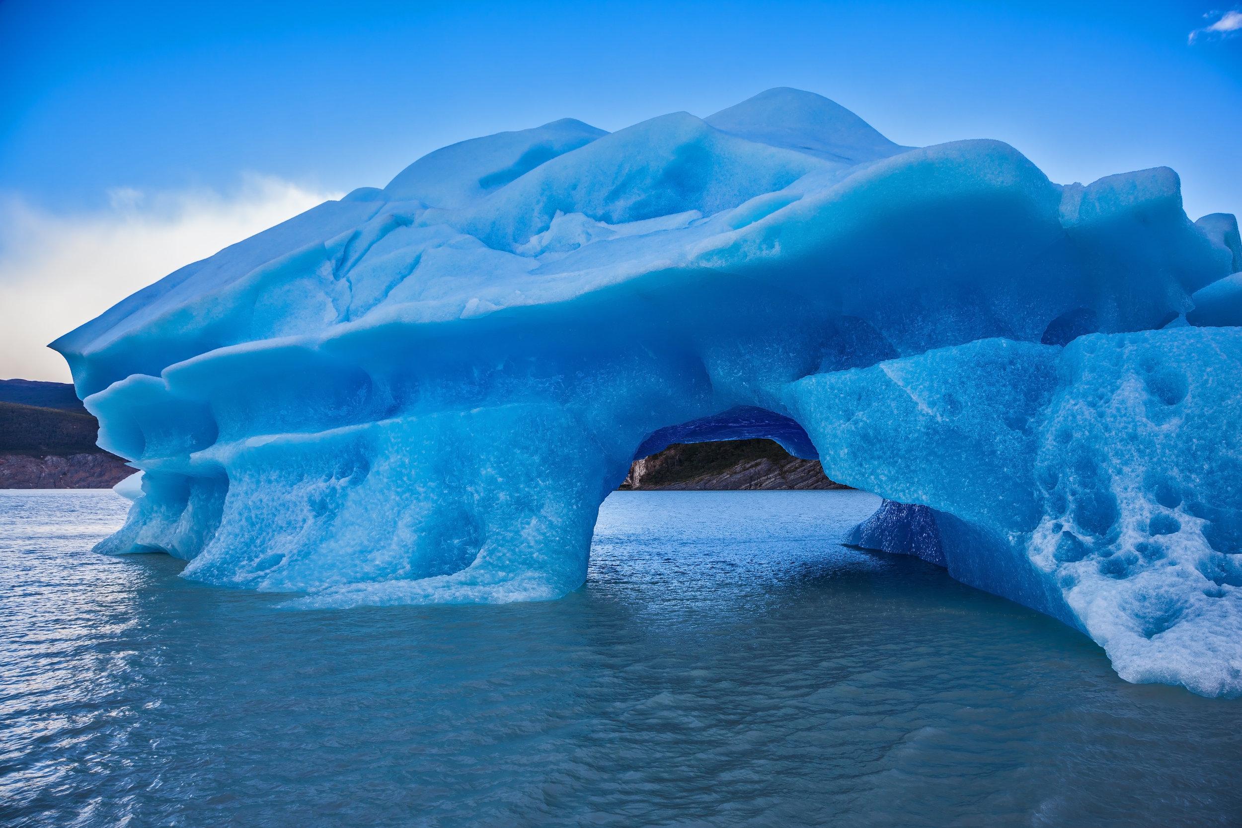chile_patagonia_bigstock-The-huge-icebergs-and-ice-floe-149075051.jpg