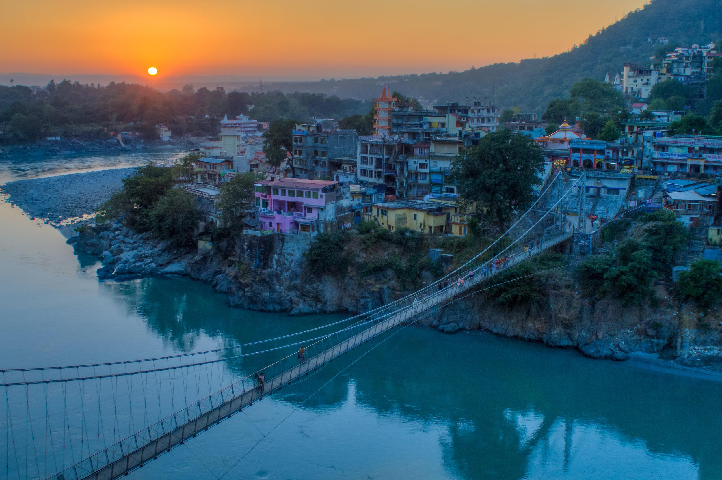 india_rishikesh_bigstock--177701608.jpg