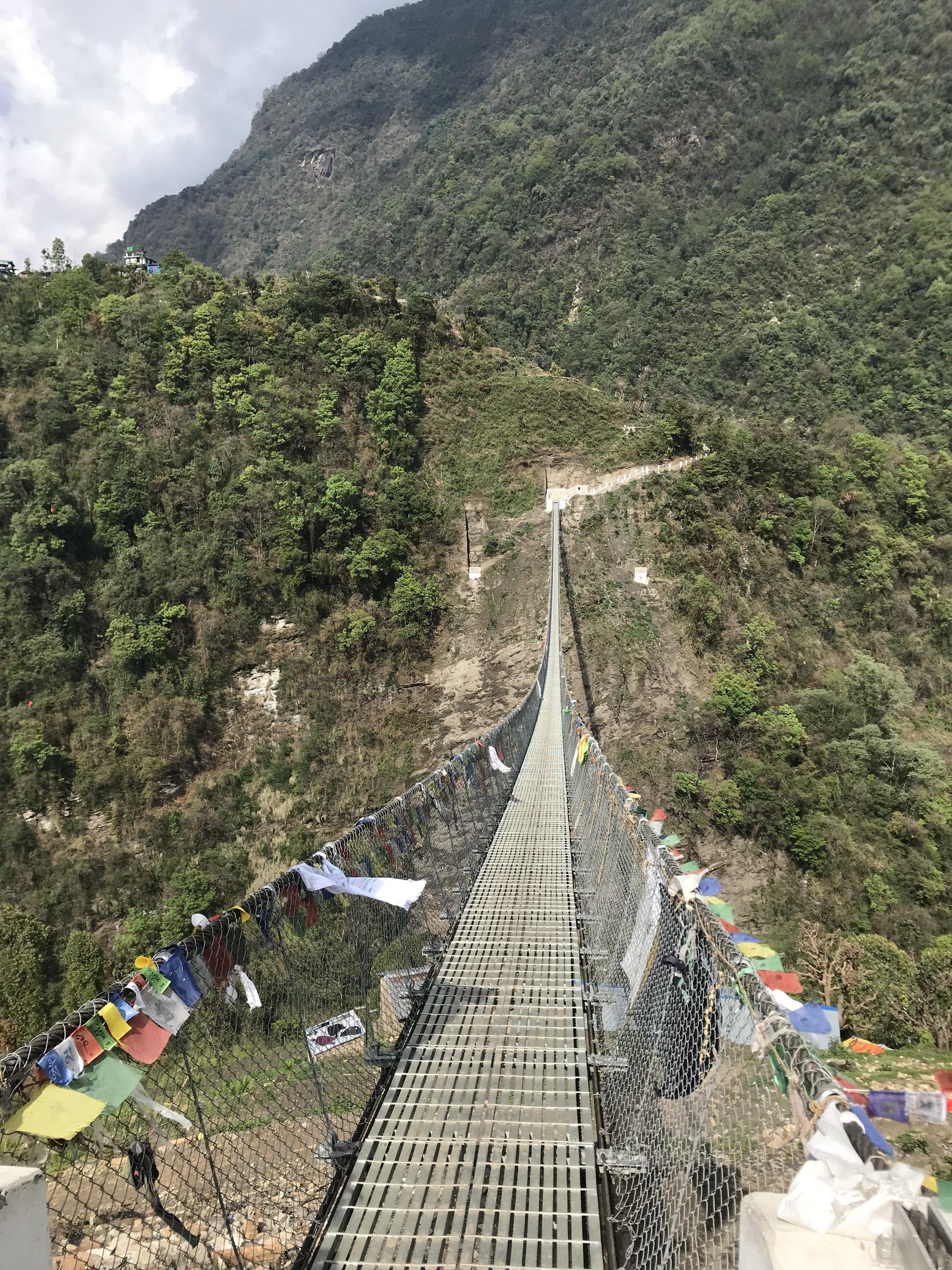 Hengebroer er et vanlig syn i fjellandet Nepal