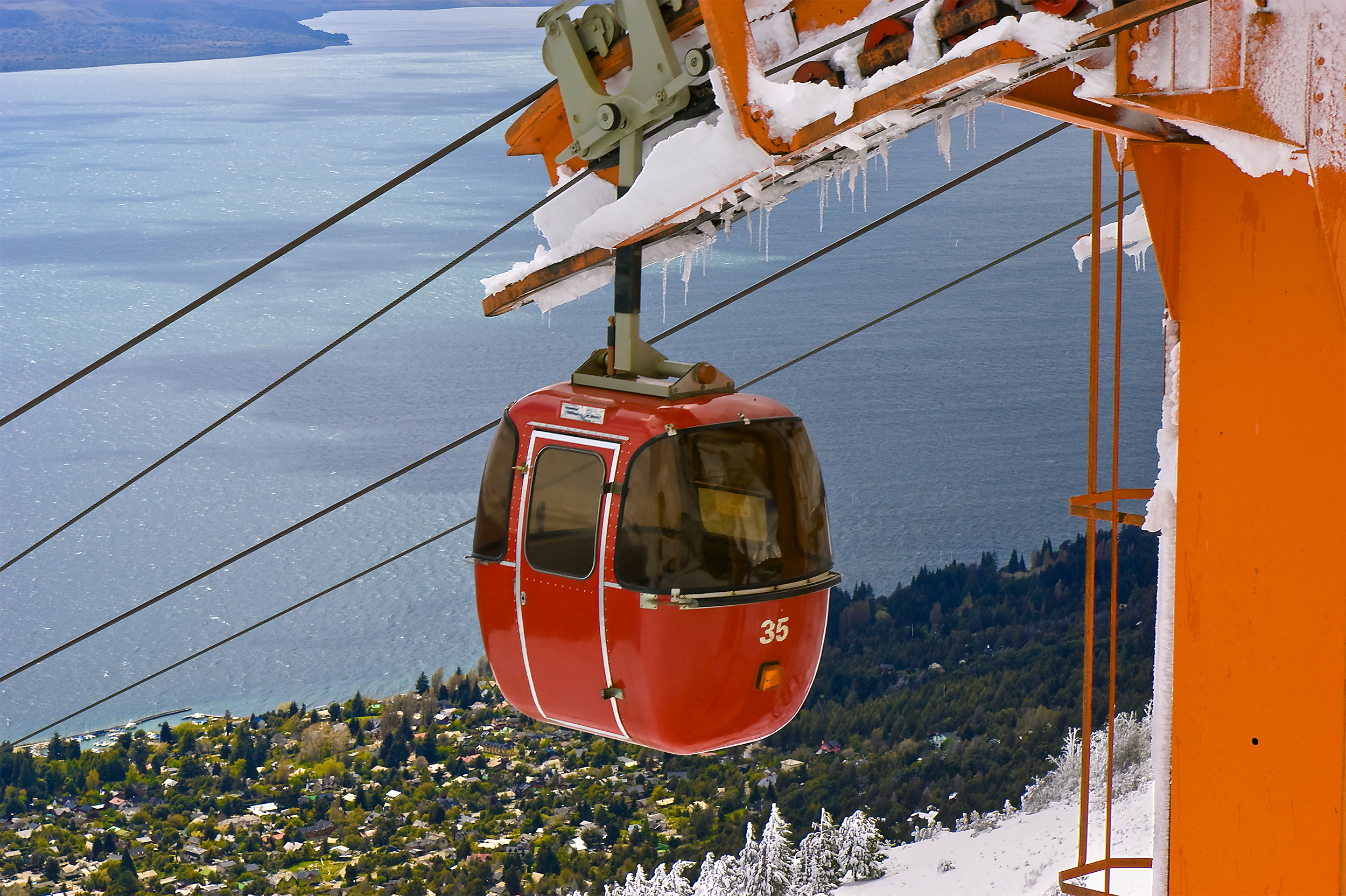 argentina_bariloche_bigstock-Cable-Railway-By-A-Lake-7871318.jpg