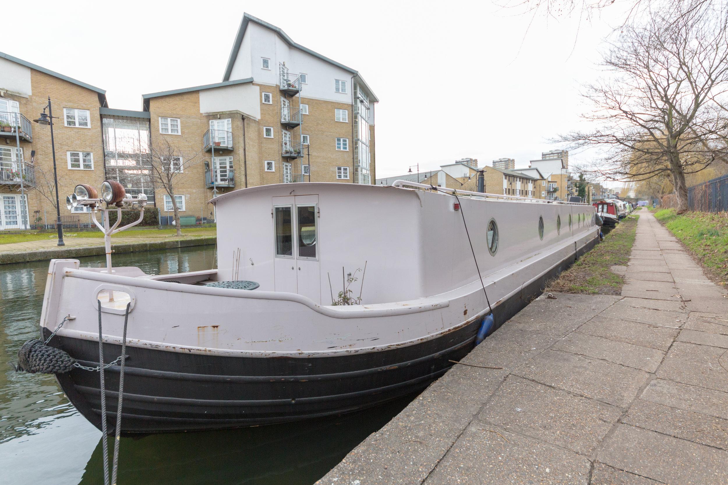 Bethnal Green Boat-28.jpg