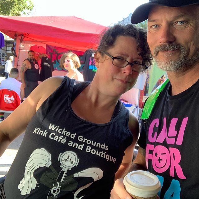 Mir and Team Friendly  are vendor neighbors!  Come thru the 8th Street entrance (after getting some jo at @wickedgrounds) and get your FriendlyPig sticker at our booth! (You might catch @pup_amp with us!  We love Amp!) @folsomstreetevents