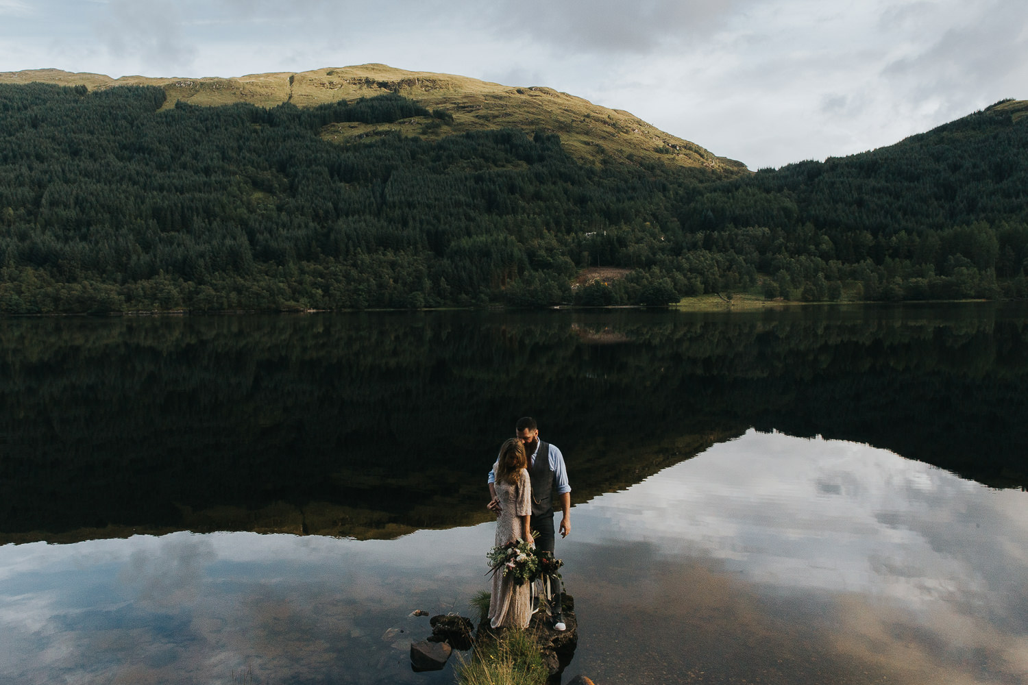 Loch-highland-elopement-wedding-3.jpg