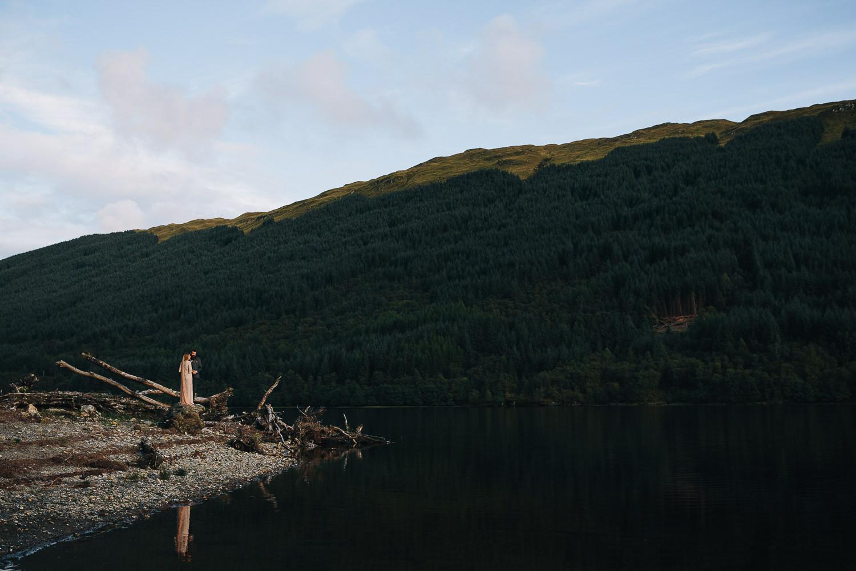 Loch-highland-elopement-wedding-4.jpg