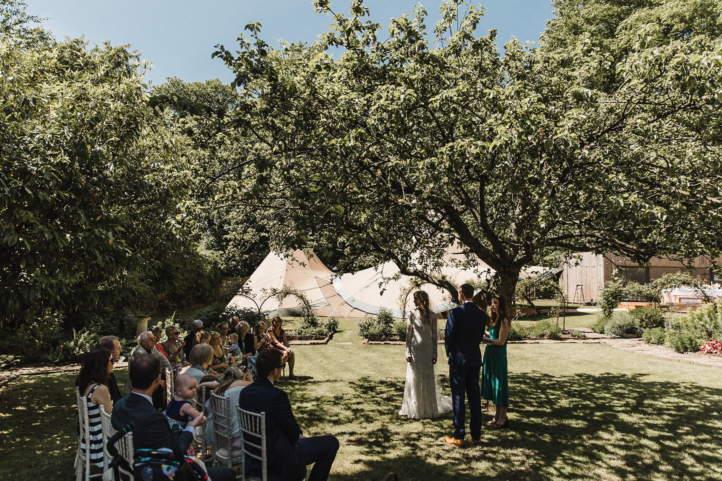 Roundhay-Leeds-Backyard-Wedding-Becs-Chris-086.jpg