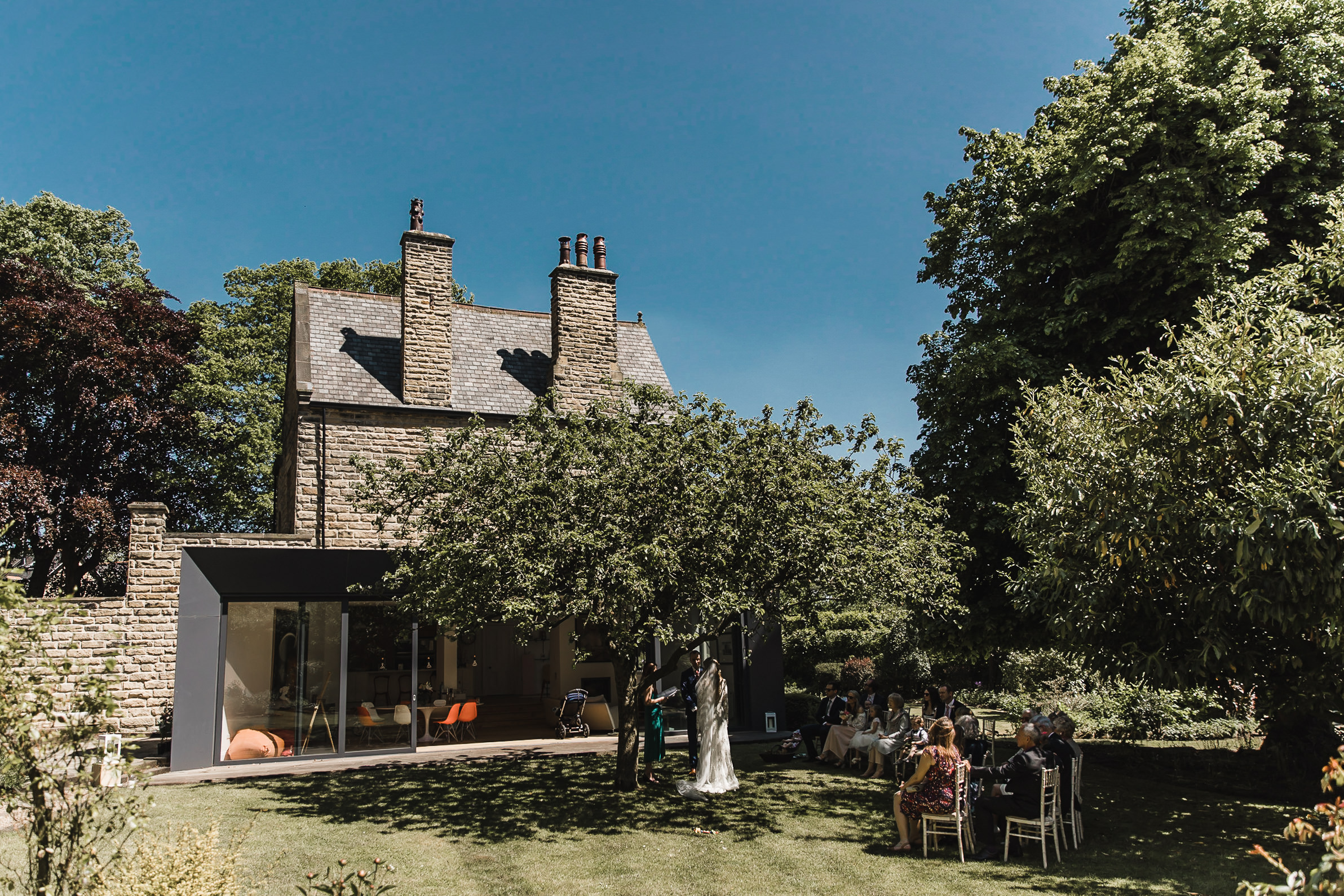Roundhay-Leeds-Backyard-Wedding-Becs-Chris-088.jpg