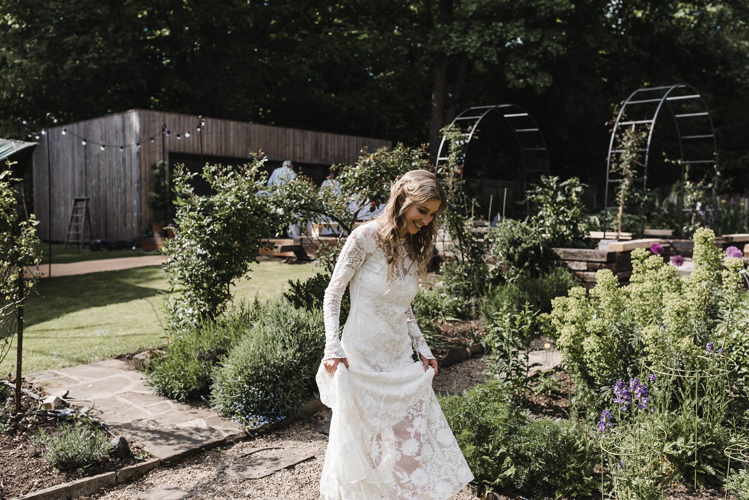 Roundhay-Leeds-Backyard-Wedding-Becs-Chris-146.jpg