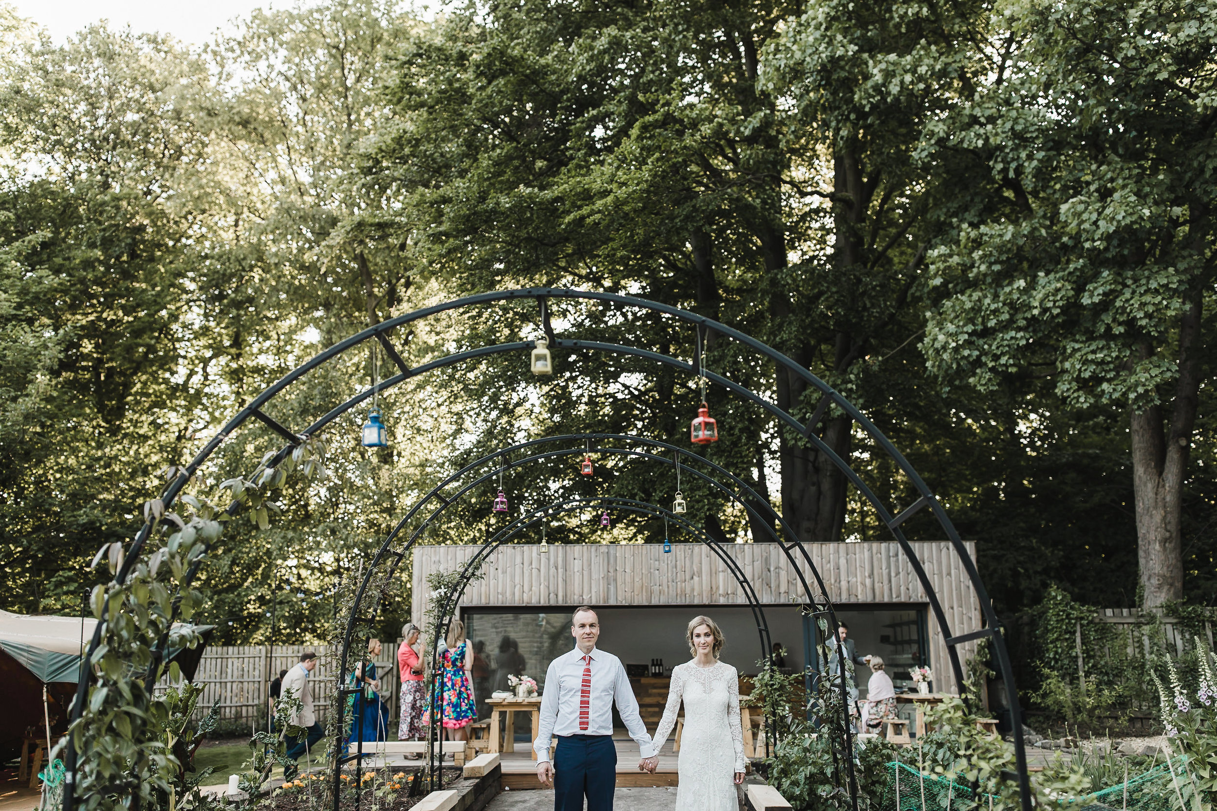 Roundhay-Leeds-Backyard-Wedding-Becs-Chris-205.jpg