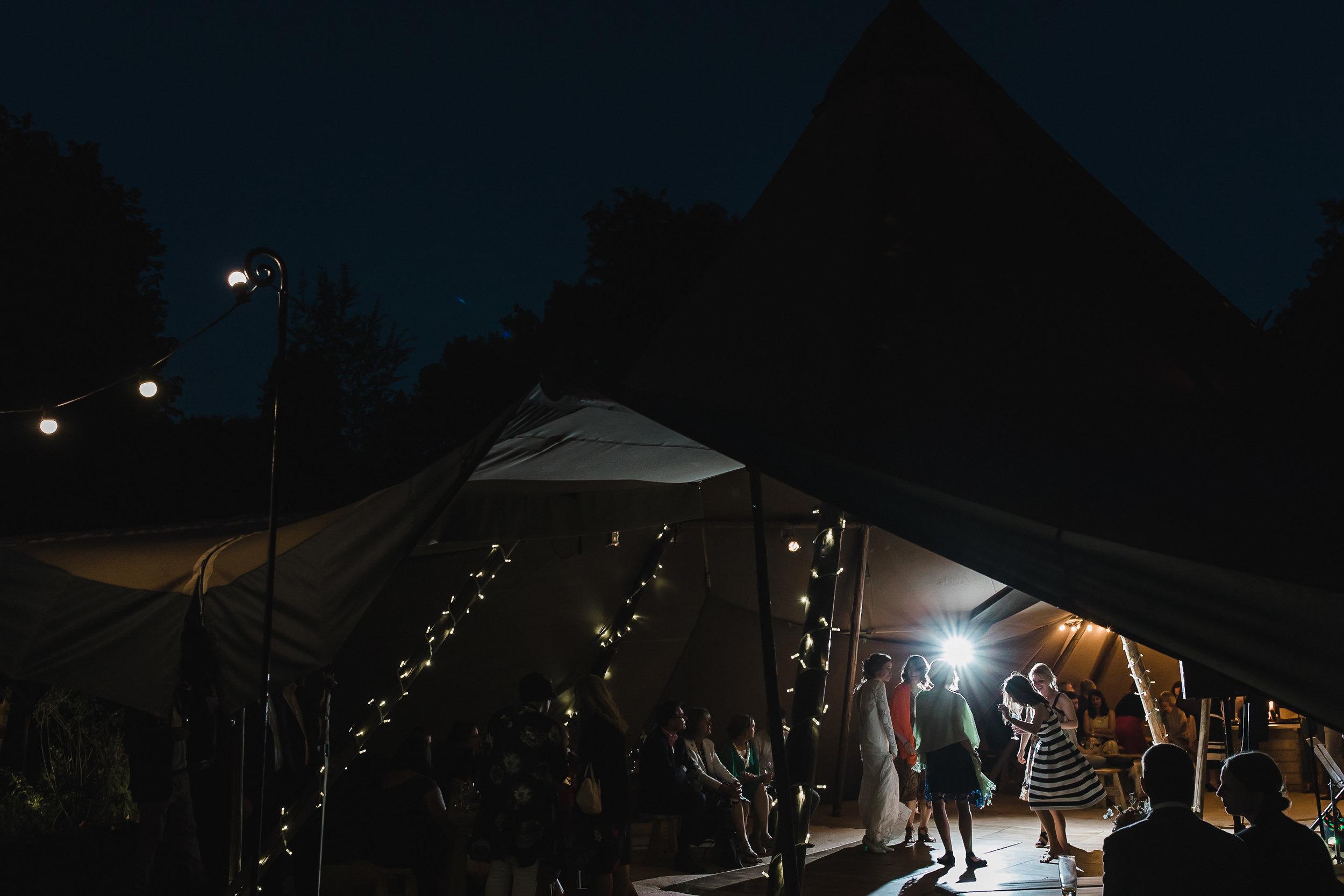 Roundhay-Leeds-Backyard-Wedding-Becs-Chris-239.jpg