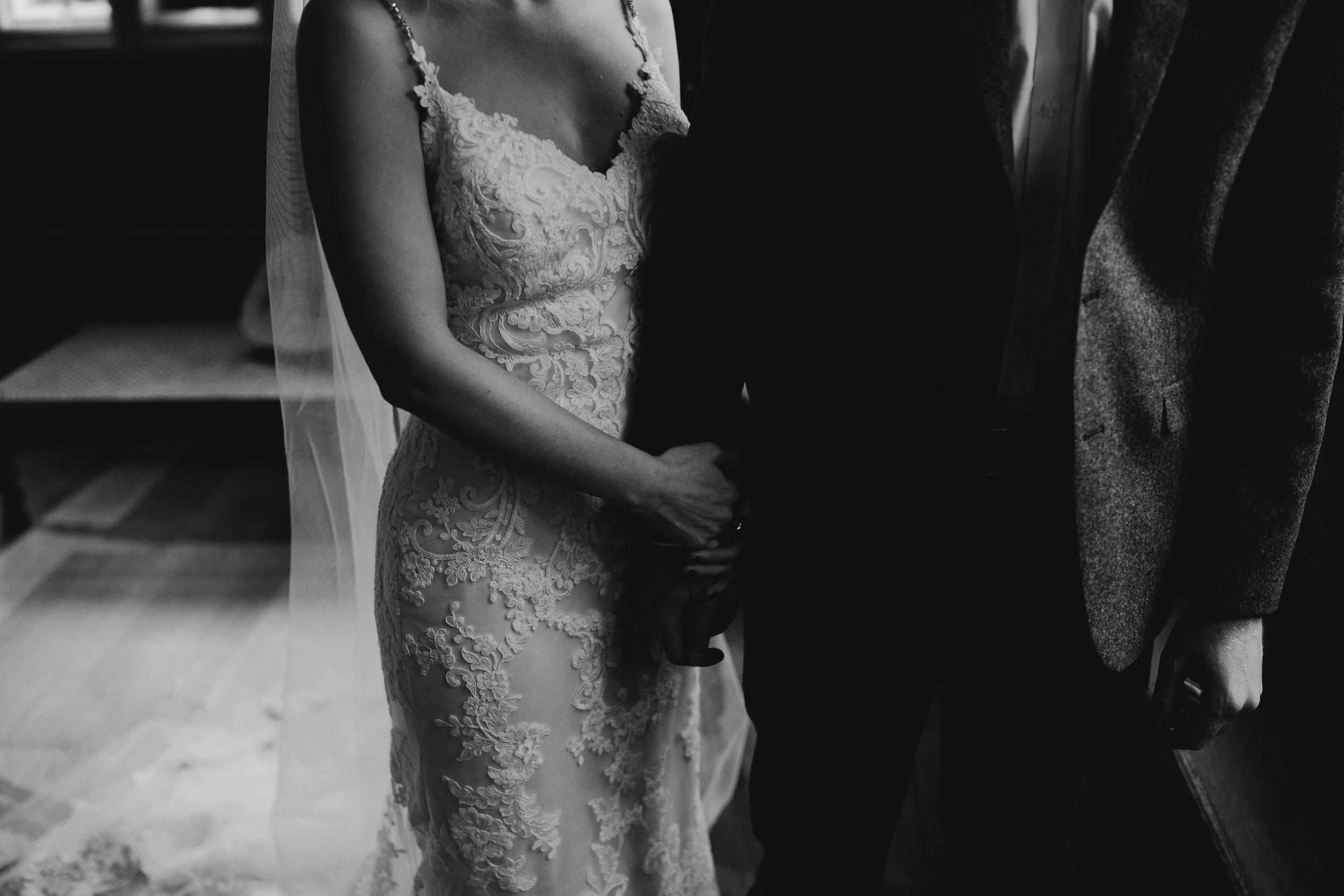 Oakwell_Hall_Yorkshire_rain_wedding_061.jpg