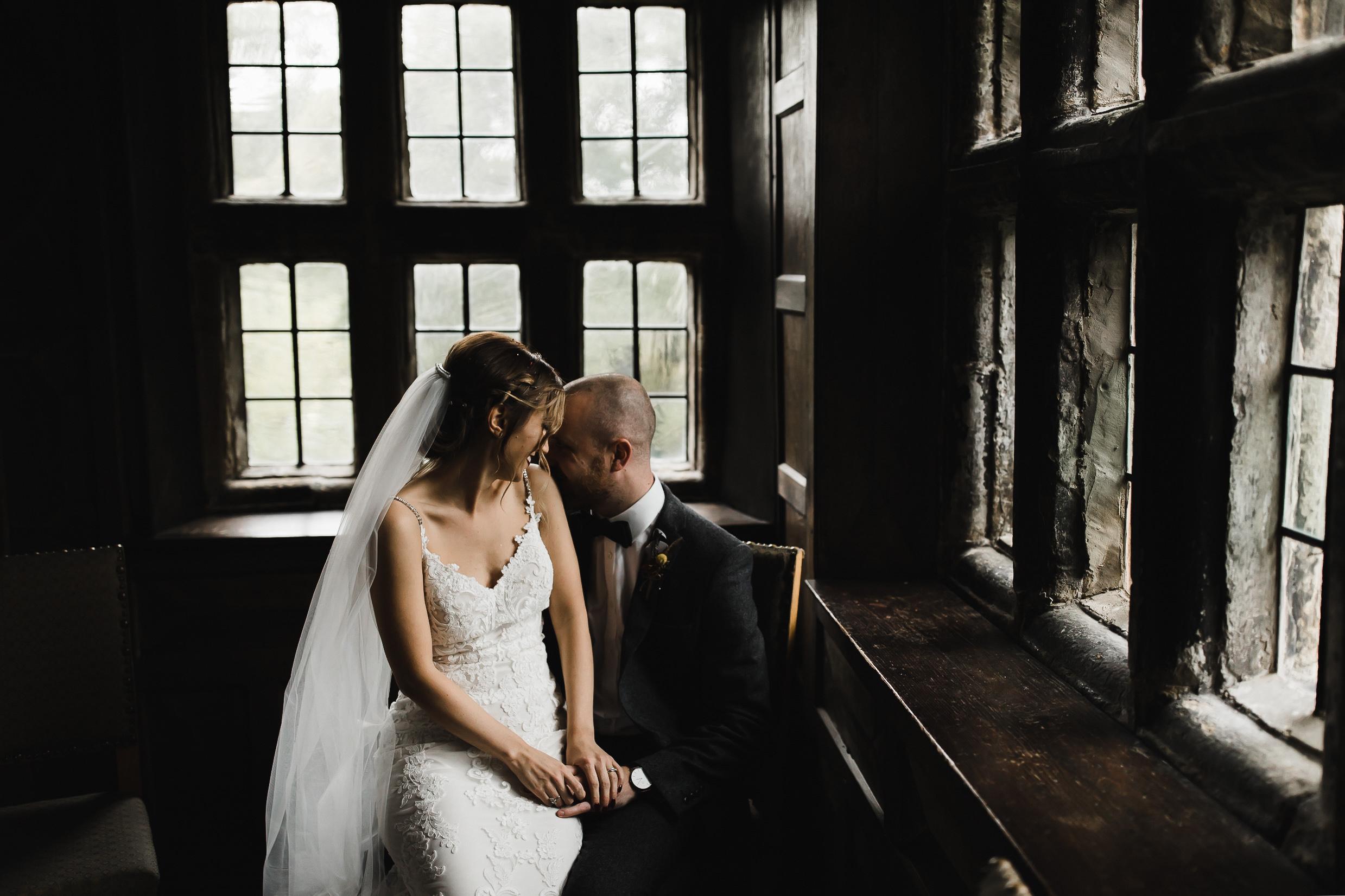 Oakwell_Hall_Yorkshire_rain_wedding_063.jpg