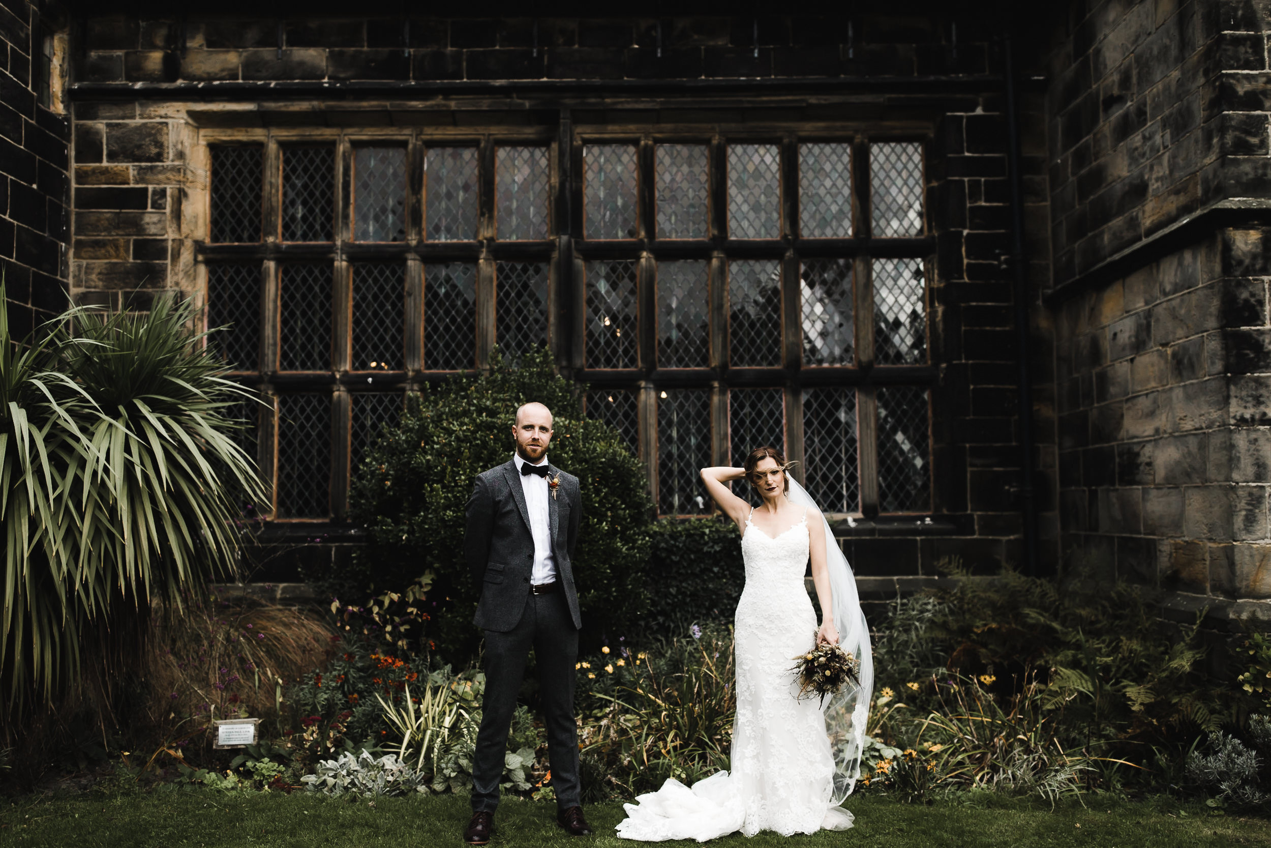 Oakwell_Hall_Yorkshire_rain_wedding_077.jpg