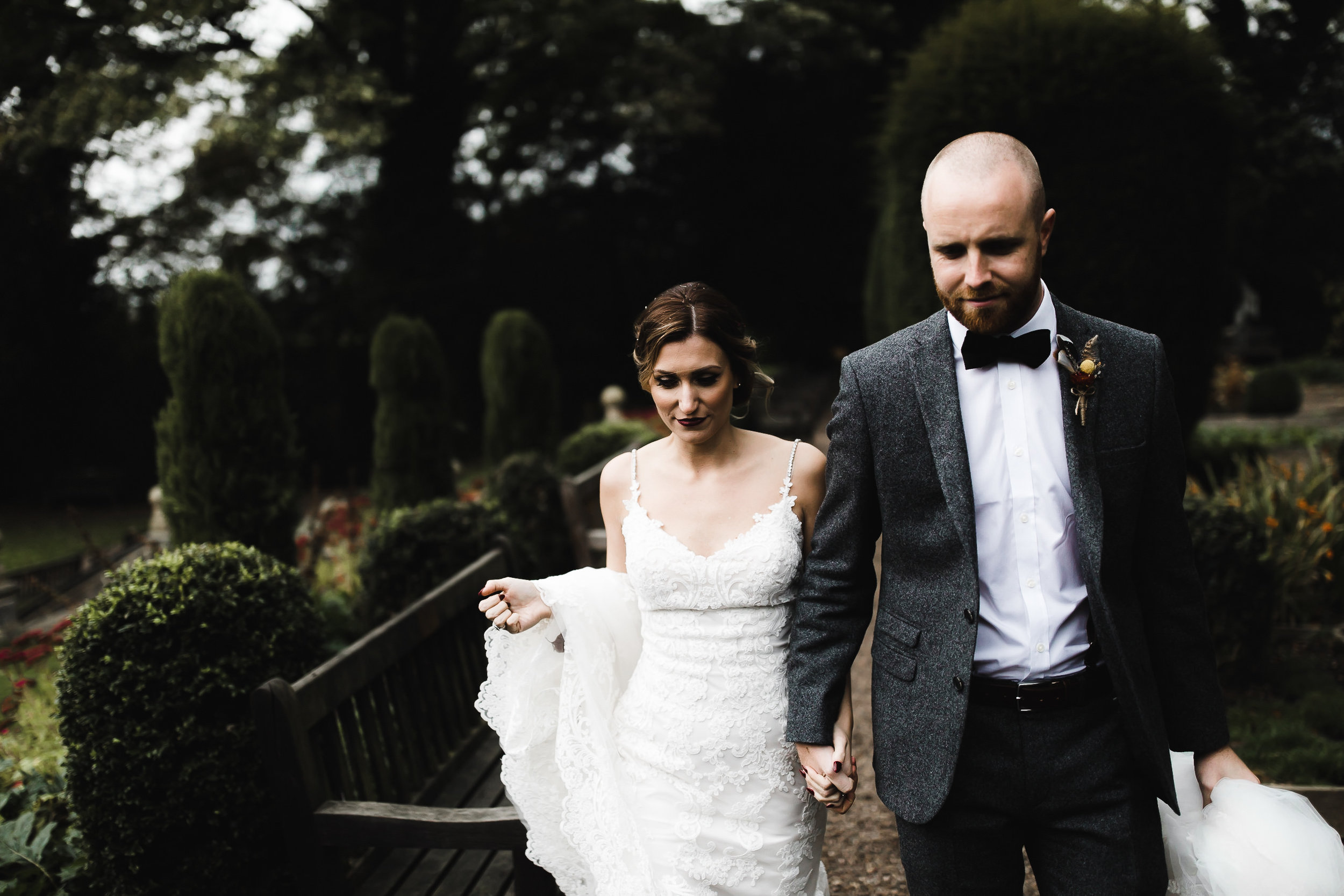 Oakwell_Hall_Yorkshire_rain_wedding_083.jpg