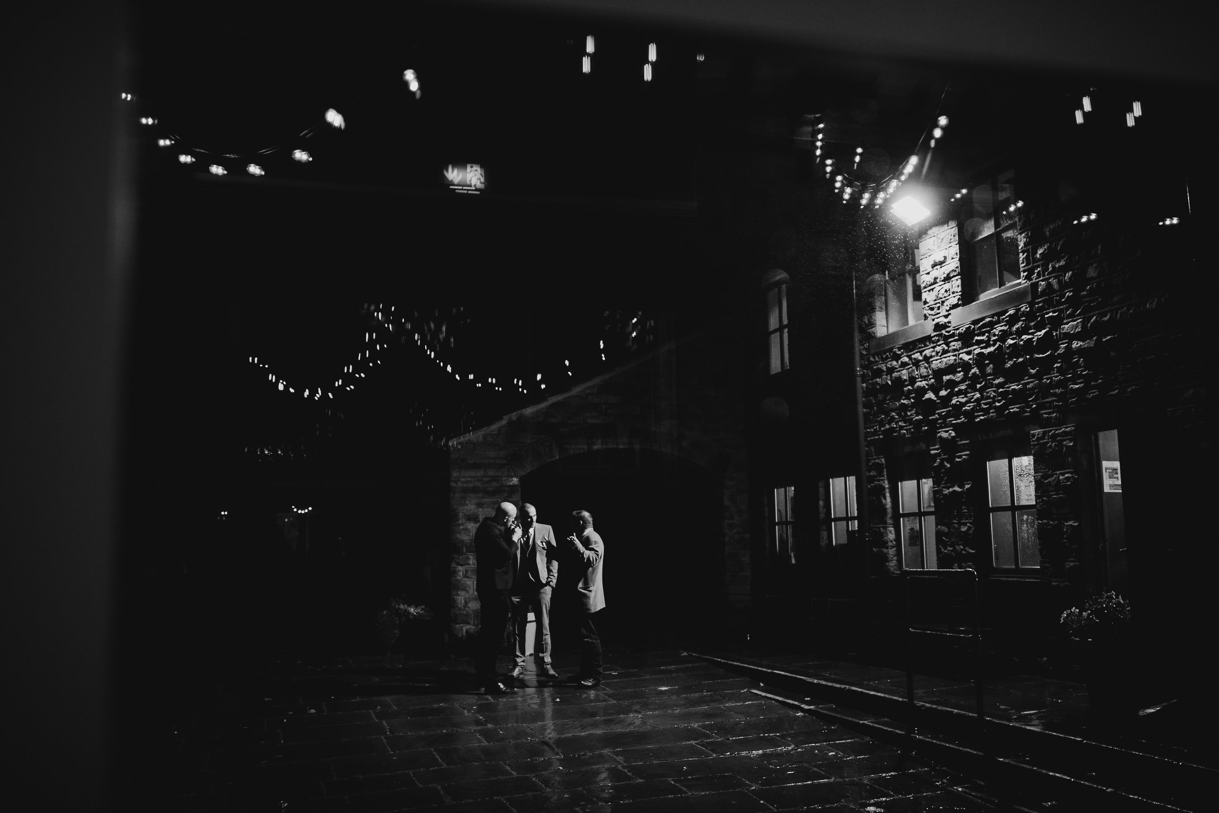 Oakwell_Hall_Yorkshire_rain_wedding_093.jpg