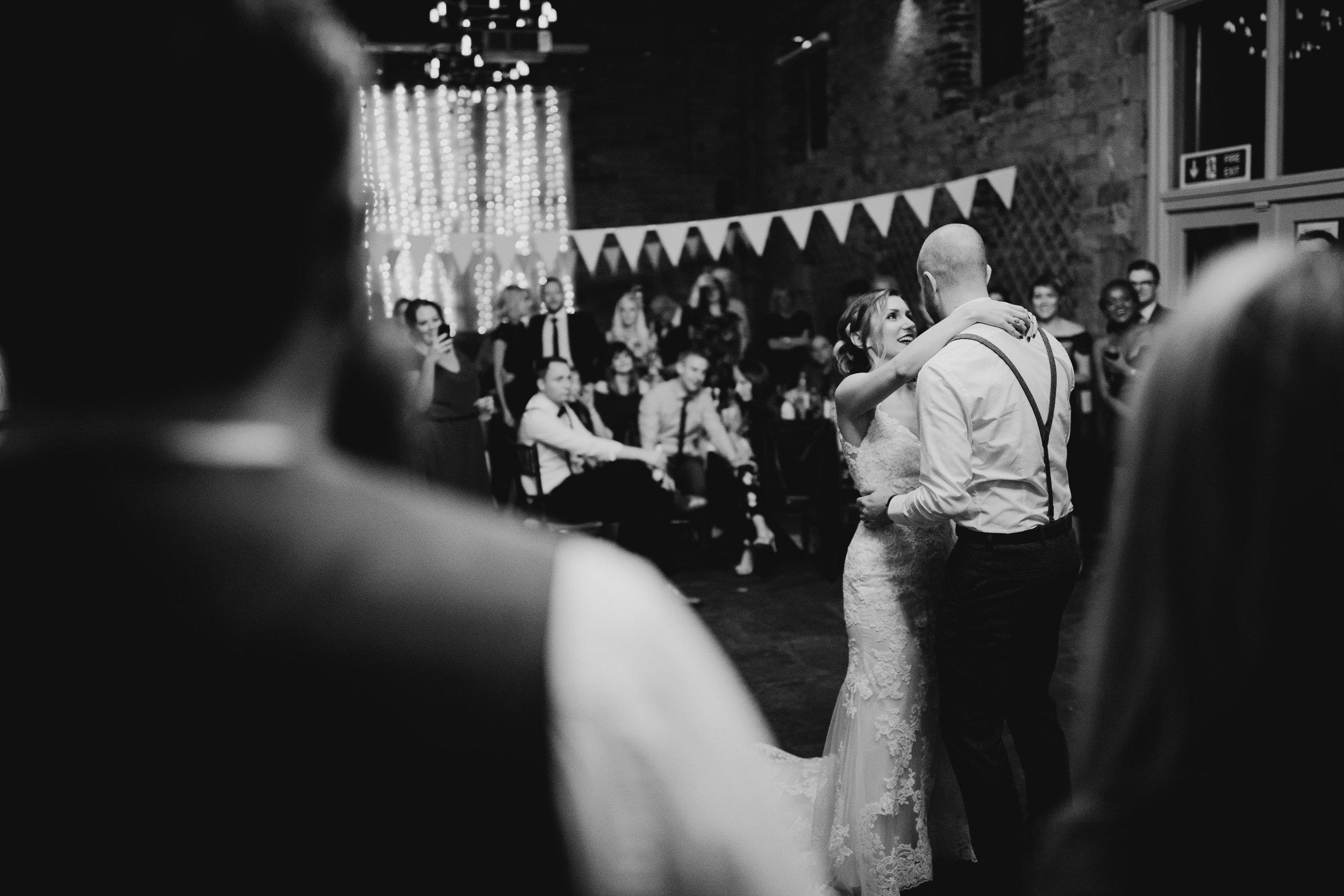 Oakwell_Hall_Yorkshire_rain_wedding_100.jpg