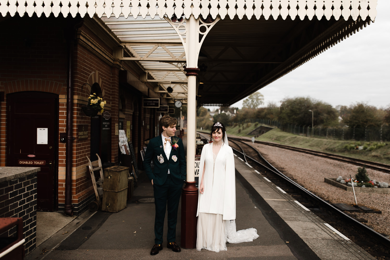 Steam_train_wedding_Great_Central_Railway_Jo_Al_049.jpg