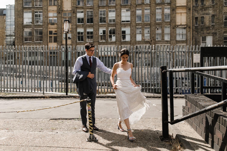 Islington_Town_Hall_Swan_Globe_Theatre_wedding-21.jpg
