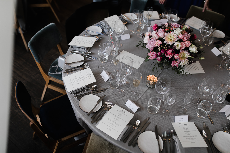 Islington_Town_Hall_Swan_Globe_Theatre_wedding-64.jpg