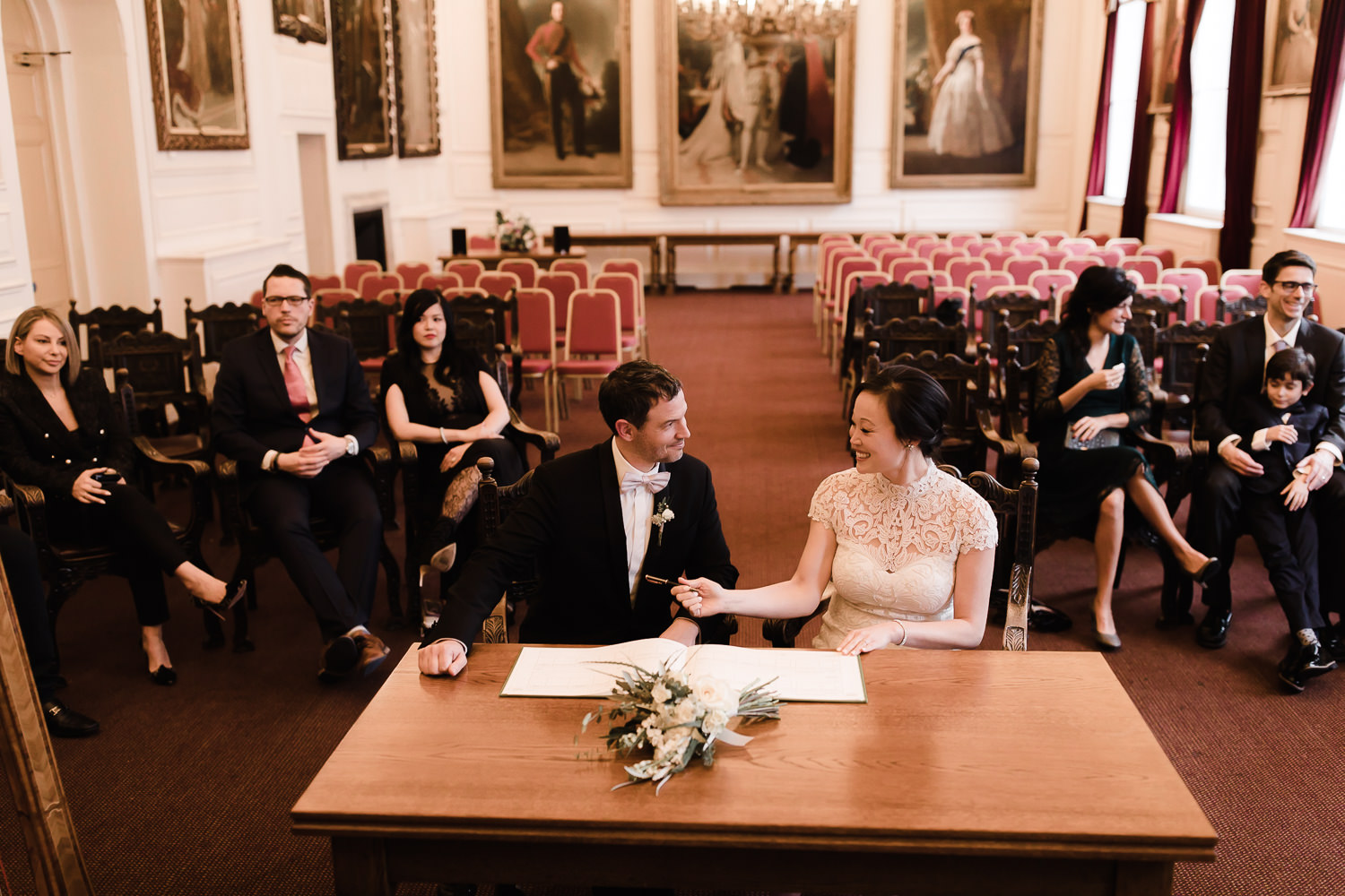 Windsor_Guildhall_wedding_ceremony_Castle_Hotel_084.jpg