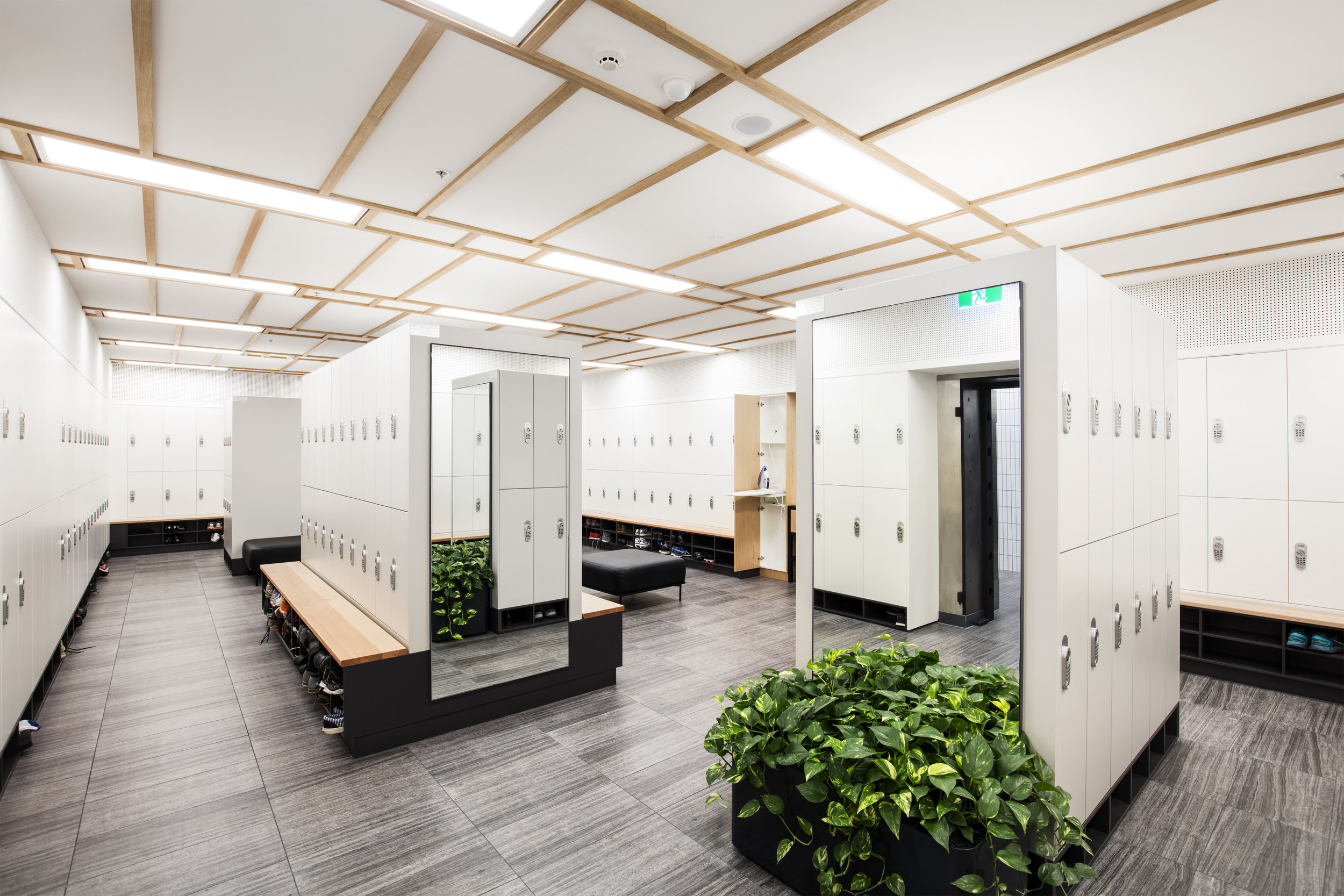 BATHROOM & CHANGE ROOM DETAILING   Our bathroom or change room detailing service is imperative to maintain your workplace environment. From hed