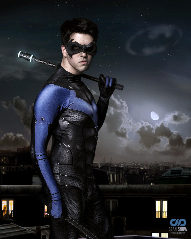 nightwing portrait 3.jpg