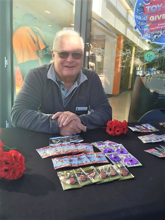 Chris Hammond sells poppies for Remembrance Day 2016
