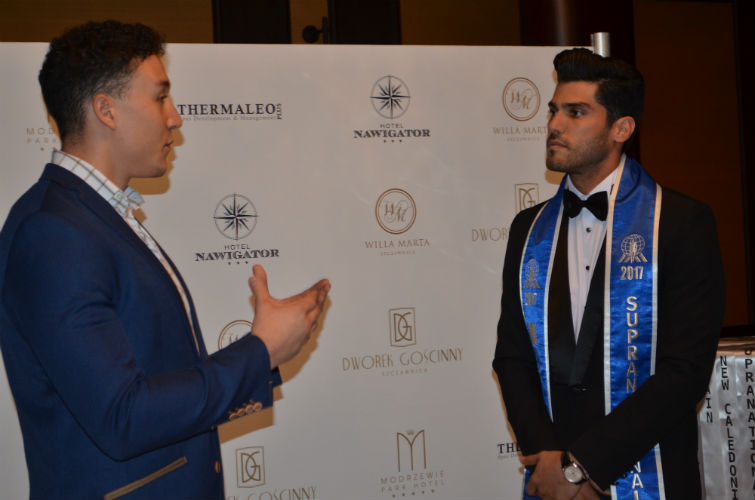 Adam Josef interviewed Gabriel Correa during the gala dinner. IG viewers watched it live!
