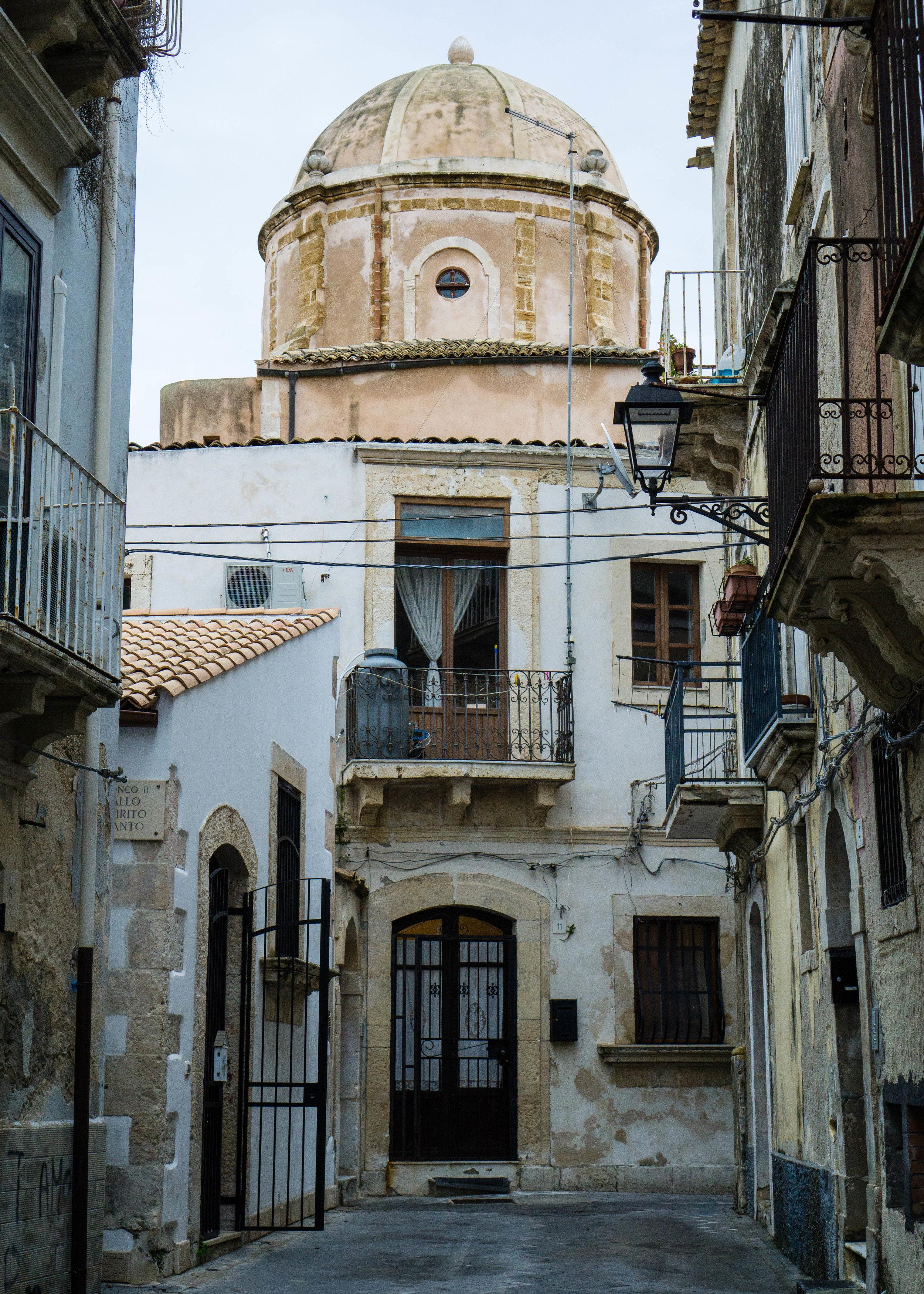 Balconies, Sicily