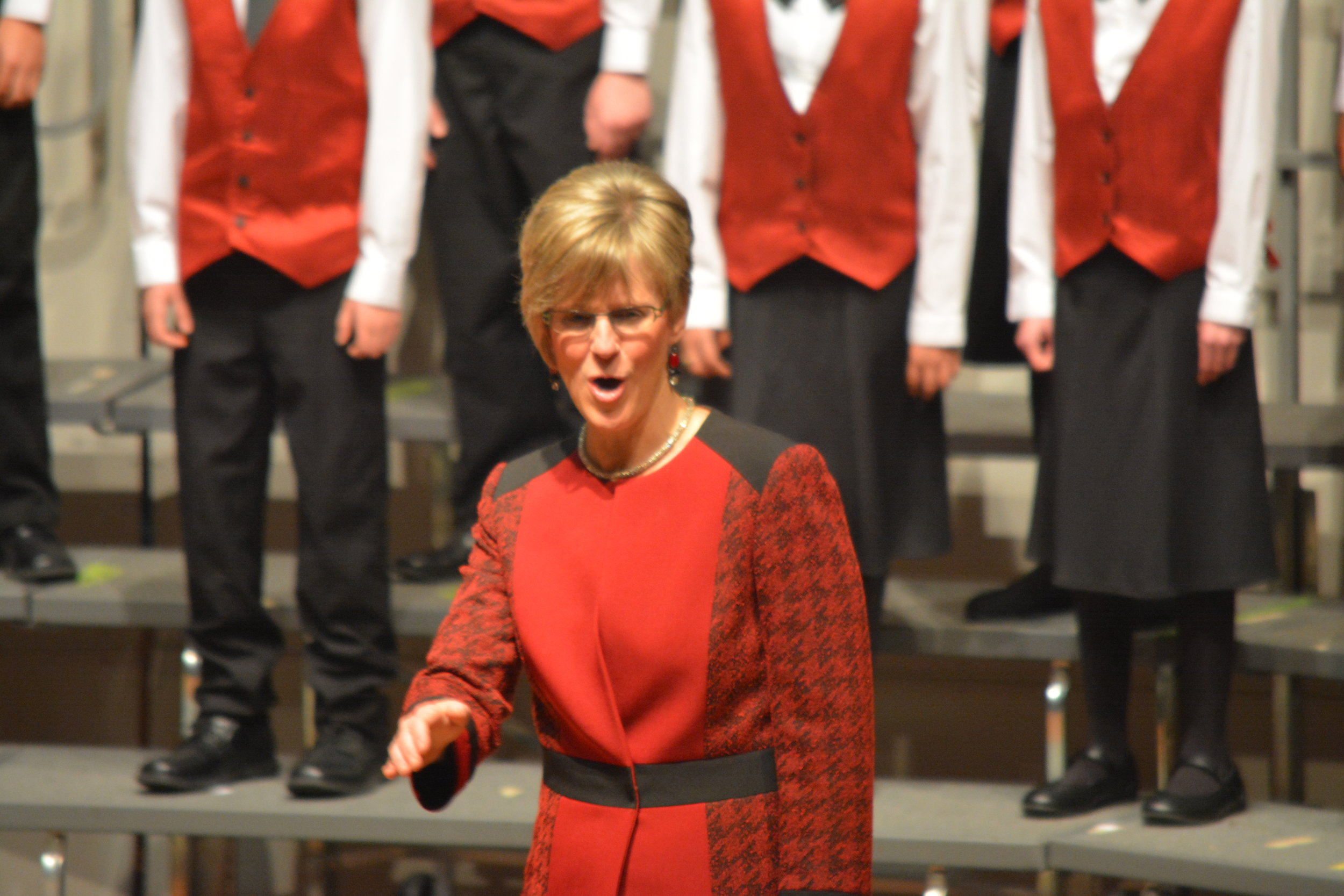 2016-12-04 Christmas Carol 3 Janet conducts.jpg