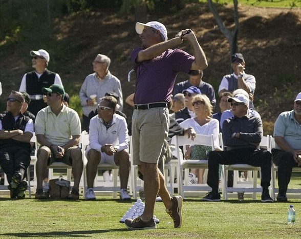 Fred Couples (center) entertaining our guests at Southern Highlands GC in 2013.