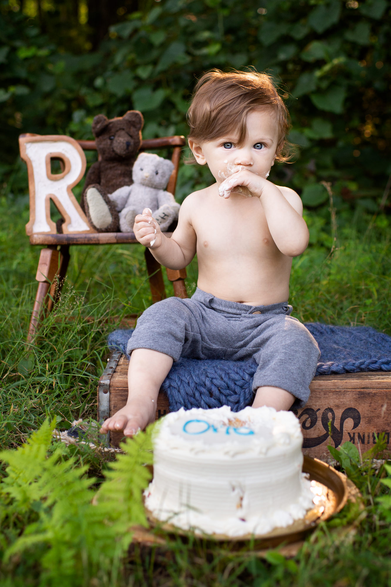 outdoor cake smash in ct of boy looking at camera