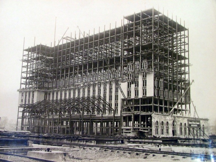 Construction of MCS / photo from the Burton Historical Collection
