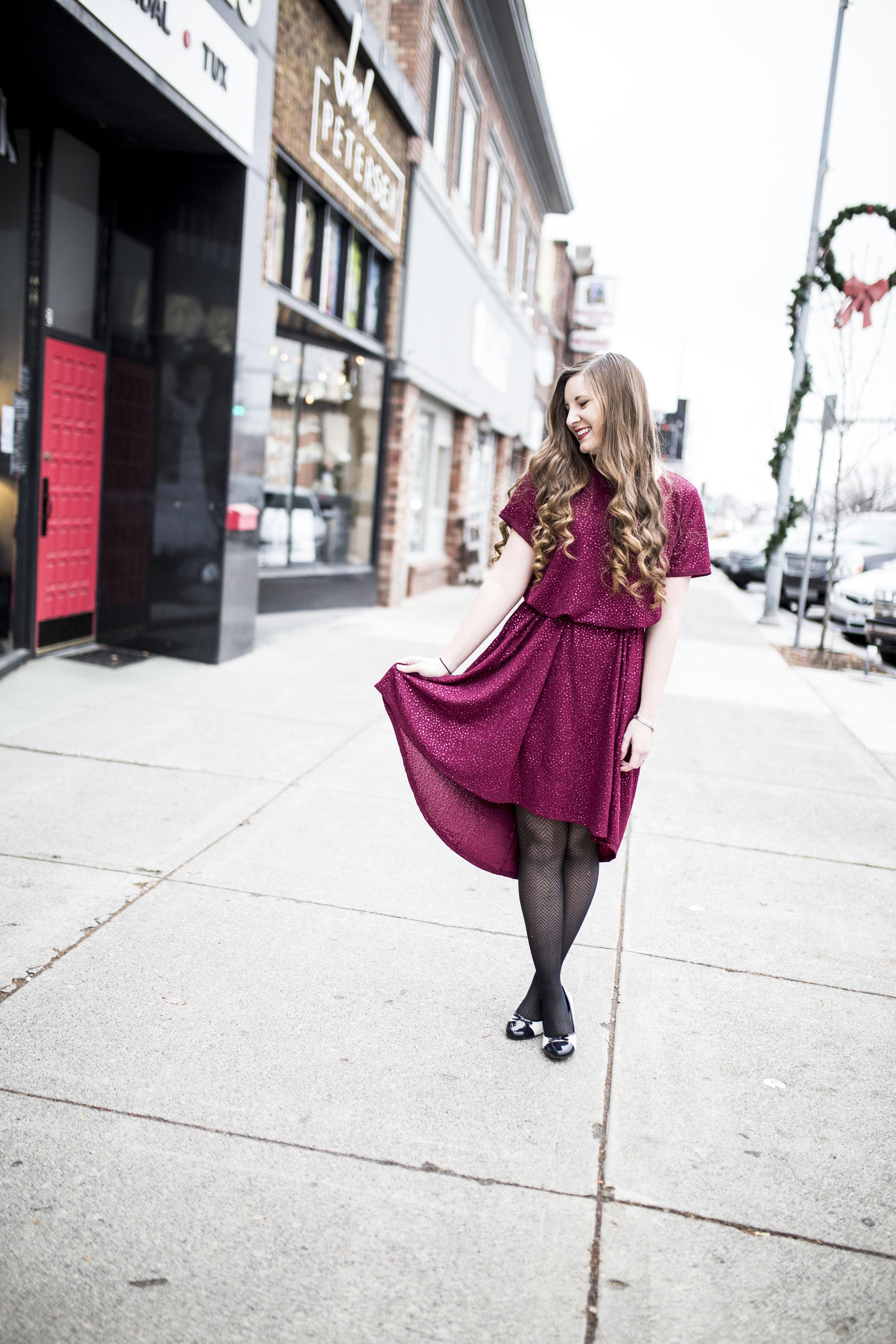 LuluRoe Ariana Street Shoot Elegant Line20.jpg